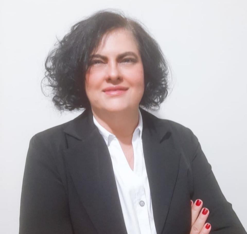 Adriana Ximenes